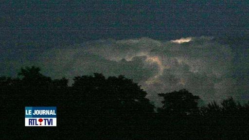 Image d'illustration pour Un orage contenu dans un nuage (Belgique)