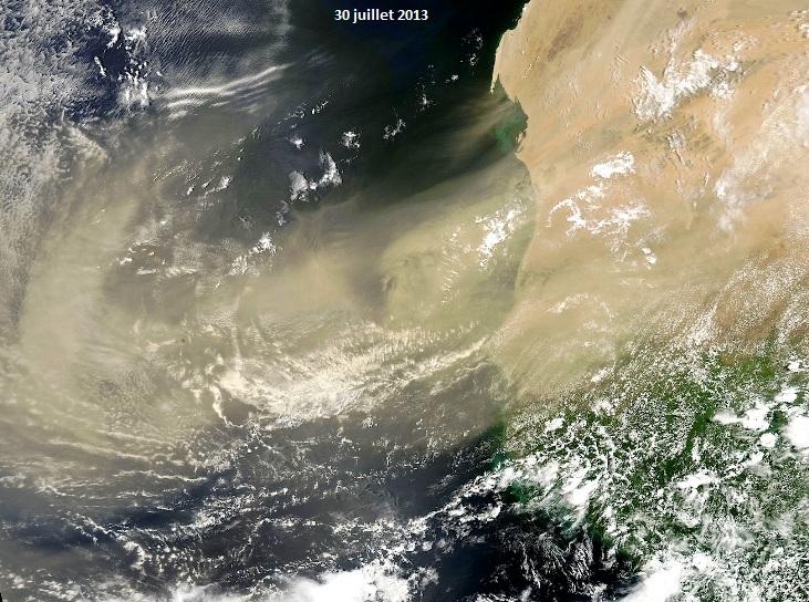 Image d'illustration pour Nuage de poussières sur l'Atlantique