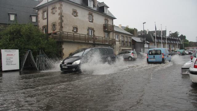Image d'illustration pour Forts orages entre Aquitaine, Bretagne et Normandie