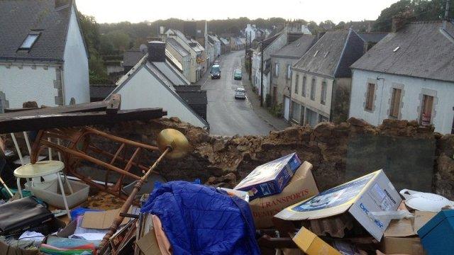 Image d'illustration pour Orage : foudre et violents phénomènes venteux en Bretagne et Pas de Calais