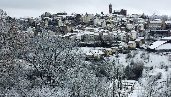 Image d'illustration pour Orage, grêle et neige sous une goutte froide