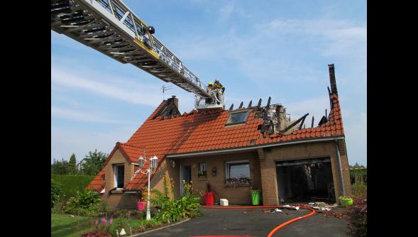 Orage fort sur le nord pas de calais et en belgique for Maison traditionnelle nord pas de calais
