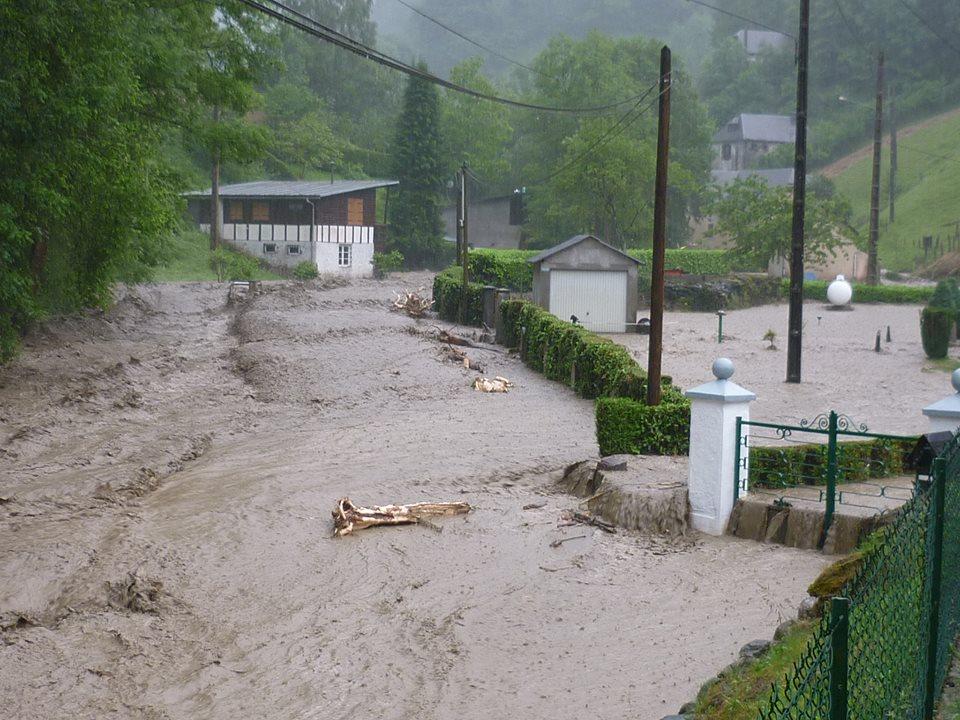 Image d'illustration pour Orages diluviens et meurtriers sur les Pyrénées - crues éclairs