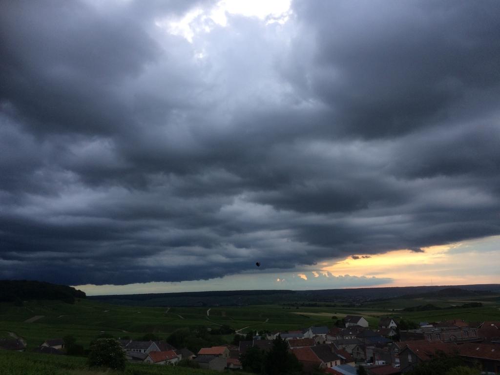 orage en formation 21 heures