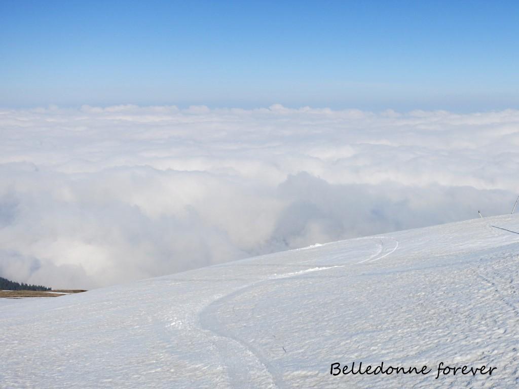 La mer de nuage monte A.P.