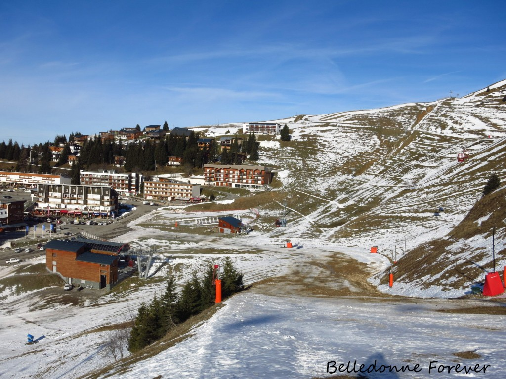 Température ''estivale'' à Recoin les faces sud ont fondu - bonne neige en nord au-dessus de 2000 m A.P.
