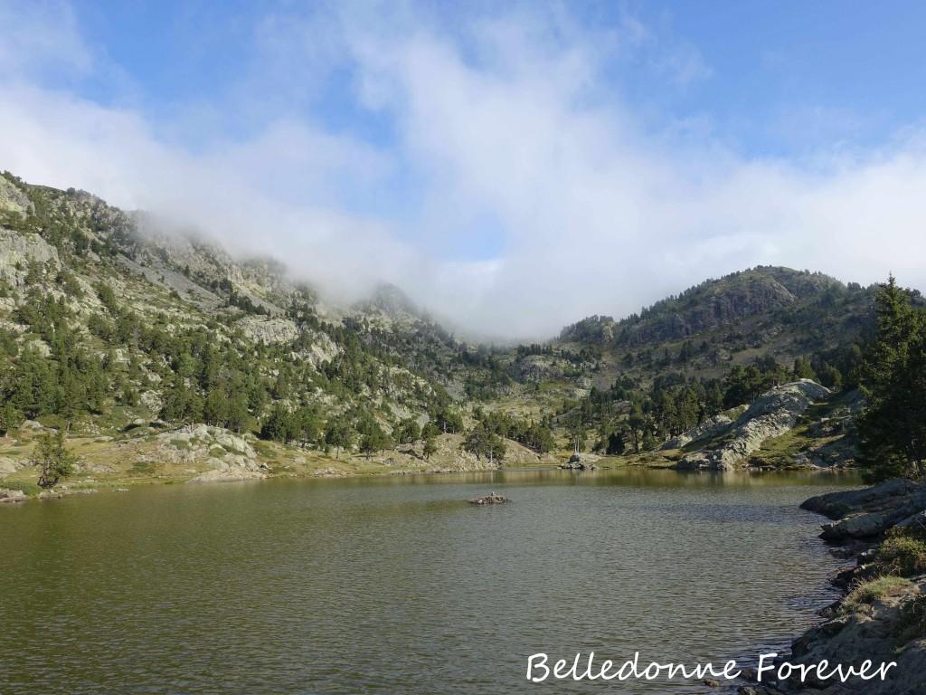 Chamrousse commence à prendre soin de la zone humide du Lac Achard (1917m), il faut faire de même avec les zones humides traversées par les pistes A.P.