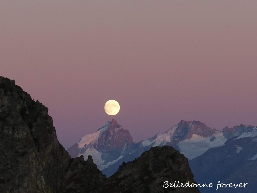 Lever de lune sur la Meije  A.P.