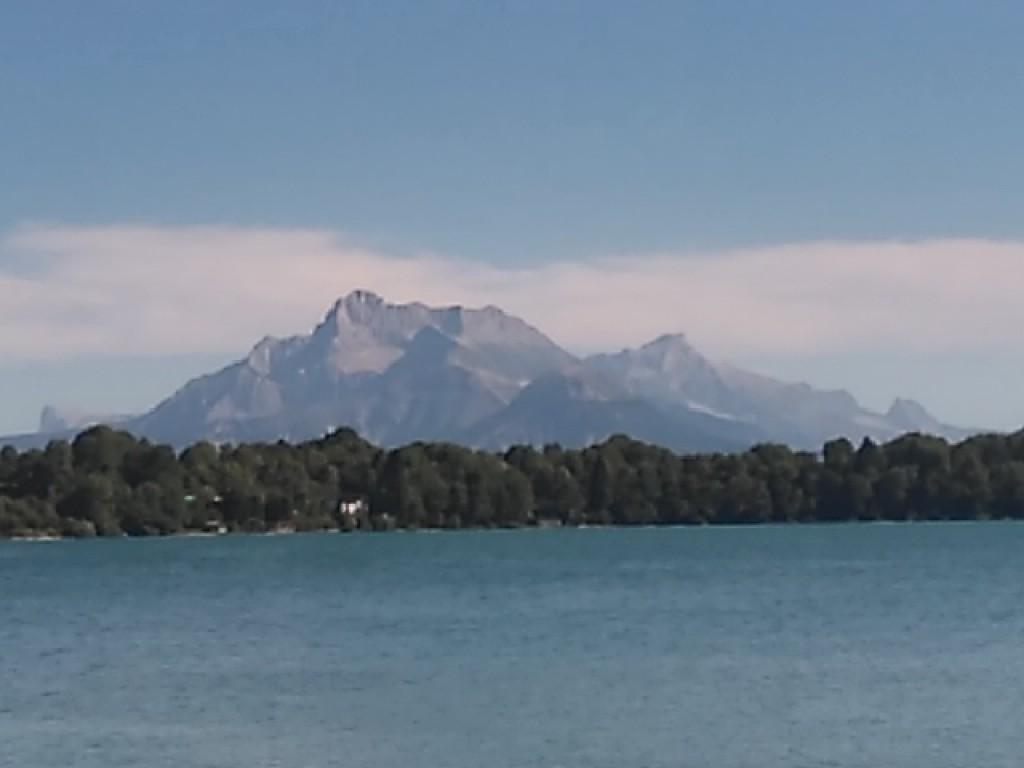 L'Obiou depuis le lac de Petichet