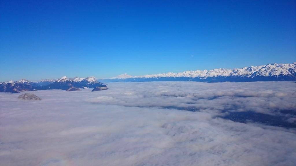Mer de nuages au-dessus de Grenoble