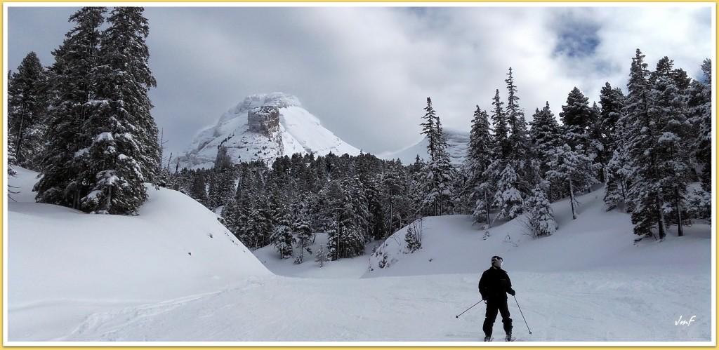 neige fraîche sur les pistes