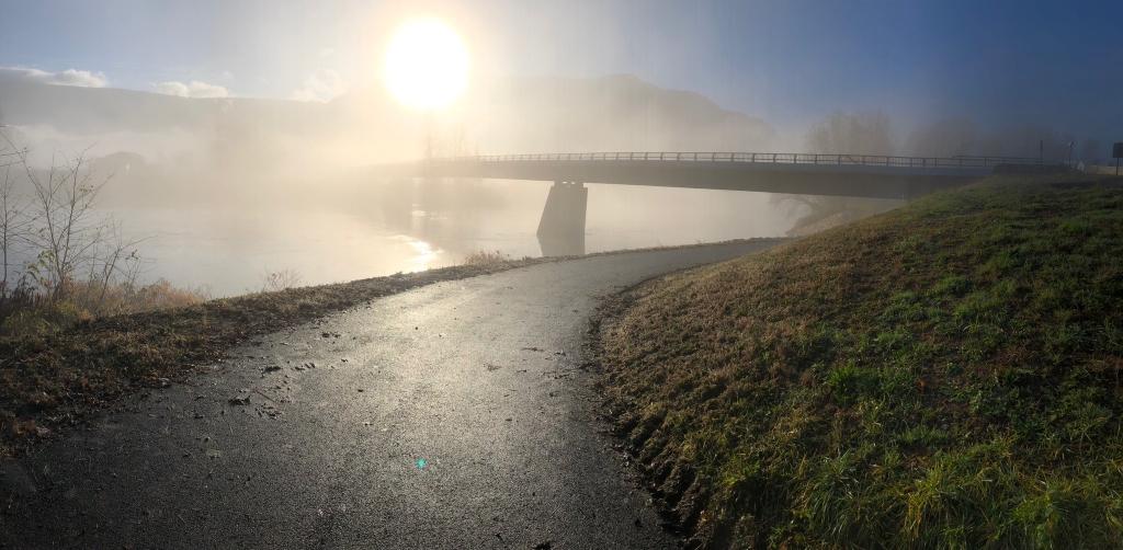 Pont de St Quentin