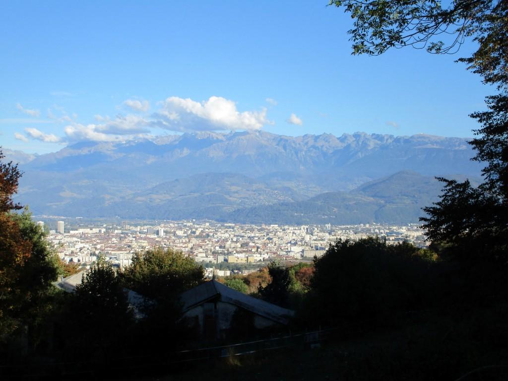 Vue sur Grenoble et Belledonne