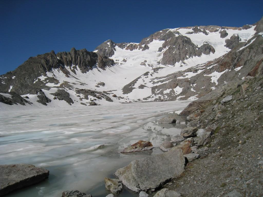 Pic Bayle, glacier et lac des Quirlies
