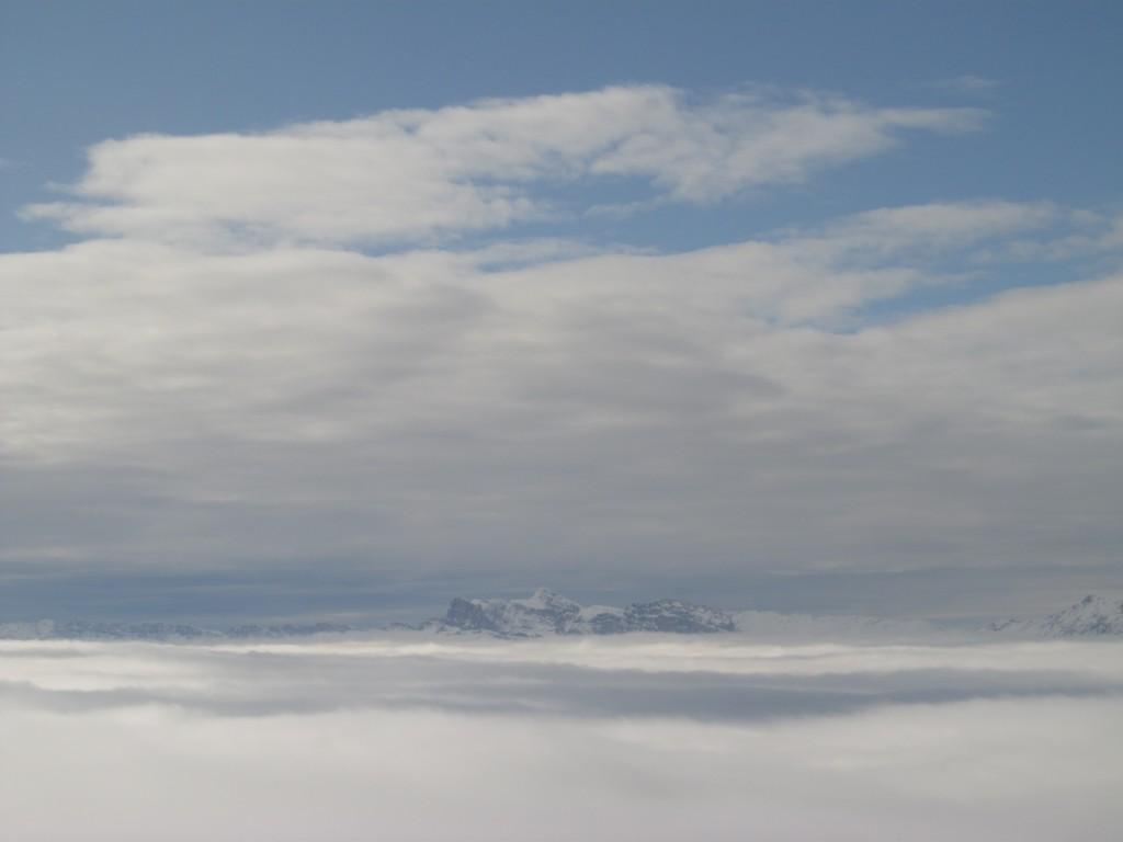 Vercors émergeant des nuages