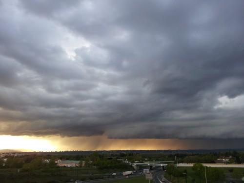 Image d'illustration pour Bilan météo Mai 2012 : plutôt humide et assez doux