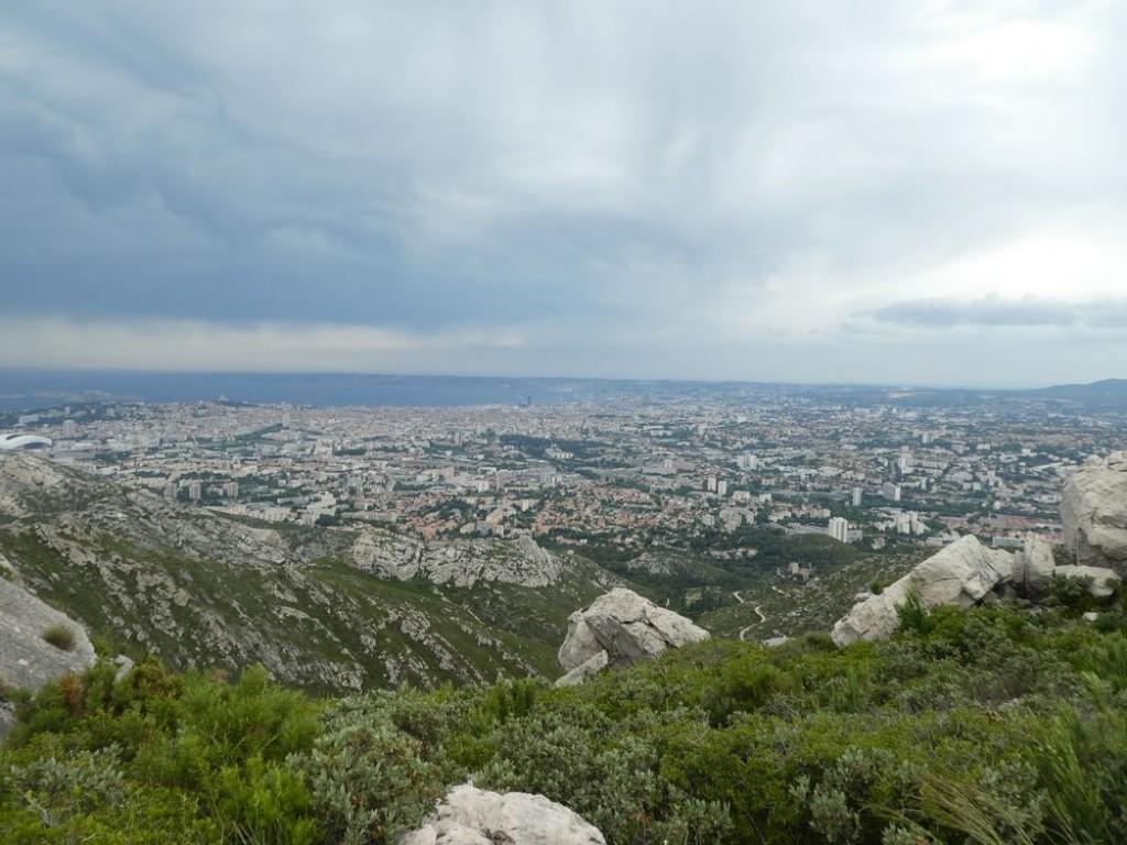 nuages sur marseille vue du Mont Sy Cyr