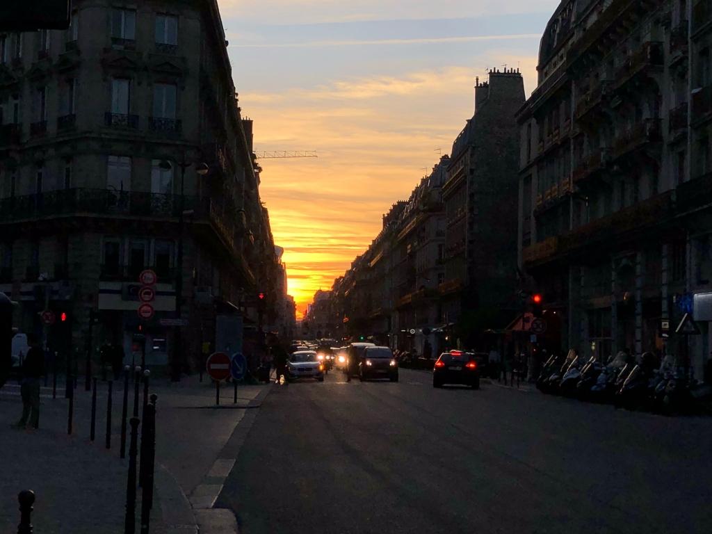 Photos m t o sur paris le premier site m t o pour paris - A quelle heure se couche le soleil ce soir ...