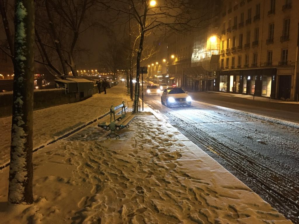 conditions de circulation difficile même dans Paris