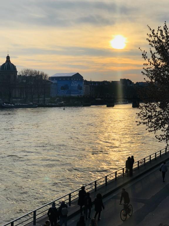 Coucher de soleil sur le Pont Neuf Soraya Touchene