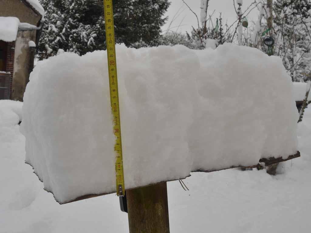 Plus de 20 cm de neige dans le Perche!