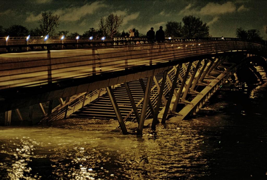 Pont Musée d'Orsay Inondé