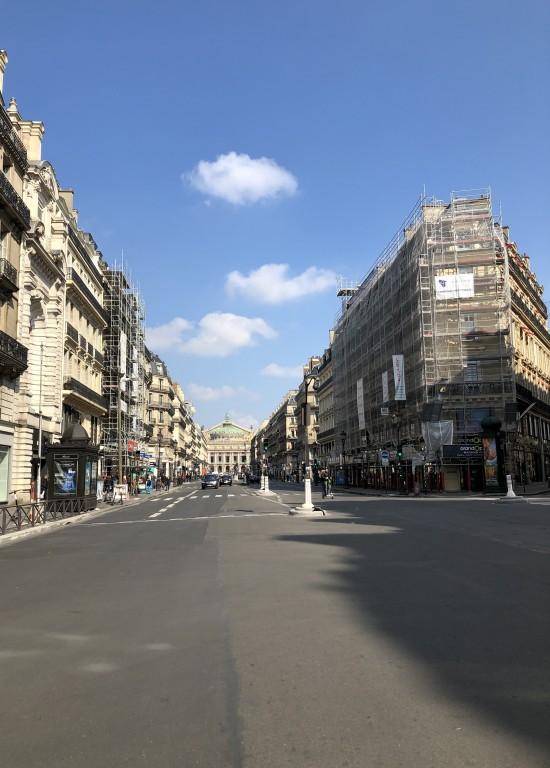 Avenue de l'opéra vide  Soraya Touchene