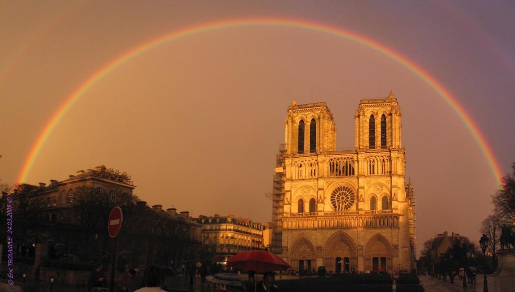 Hommage à Notre-Dame de Paris (Photo du 24/03/2005)