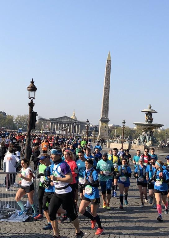 Marathon de Paris et Obélisque Soraya Touchene
