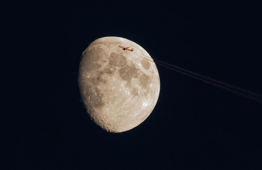 Viser la lune.
