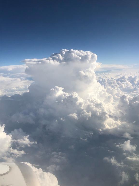 14500m au  dessus de la Suisse