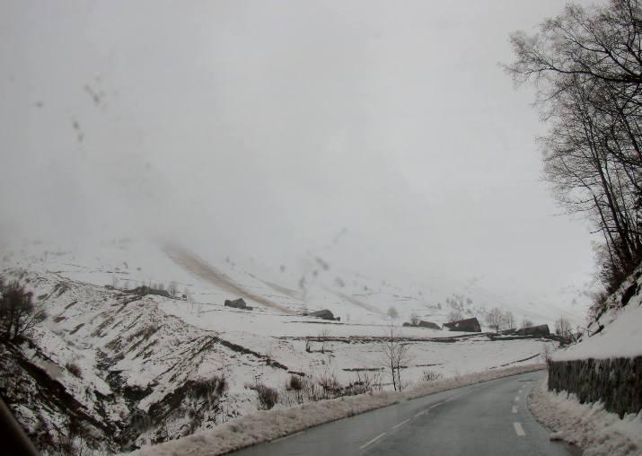 Image d'illustration pour Crue, inondations, neige et avalanche du 24 au 26 novembre sur les Pyrénées