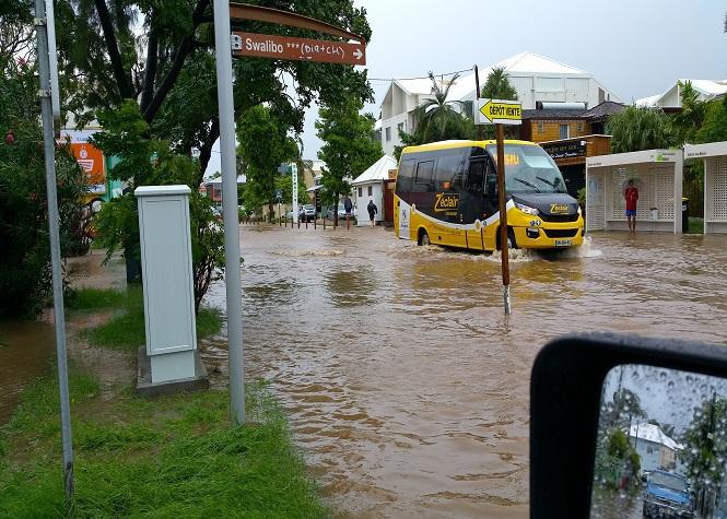 Image d'illustration pour Pluie diluvienne et inondations à La Réunion - Tempête Haliba