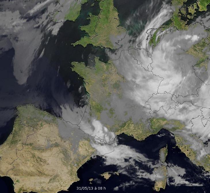 Image d'illustration pour Fortes pluies au Sud-Est et au Nord-Est