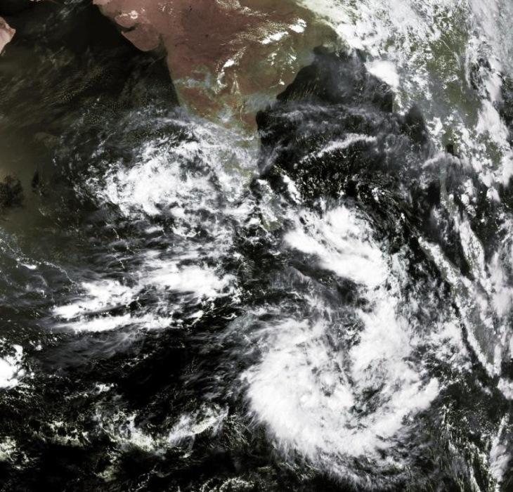 Image d'illustration pour Vers un cyclone au Nord de l'Océan Indien (Sri Lanka - Inde) ?