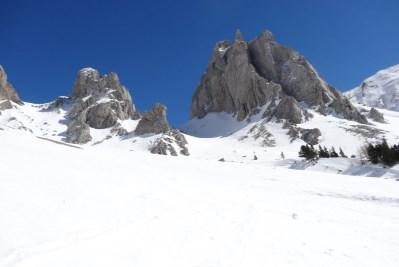 Image d'illustration pour Soleil, neige mais risque d'avalanche en montagne