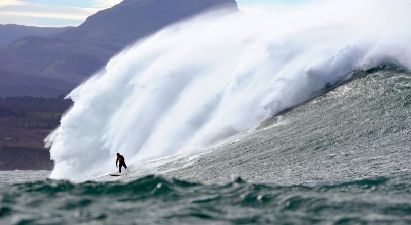 Image d'illustration pour Les surfeurs profitent de la Belharra