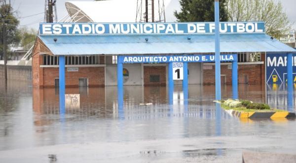 Image d'illustration pour Tempête et écume en Uruguay