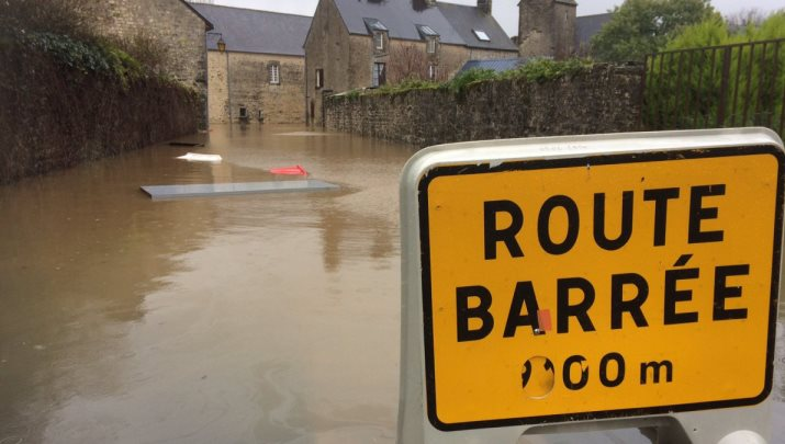 Image d'illustration pour Pluie abondante - Vigilance face aux crues et aux inondations