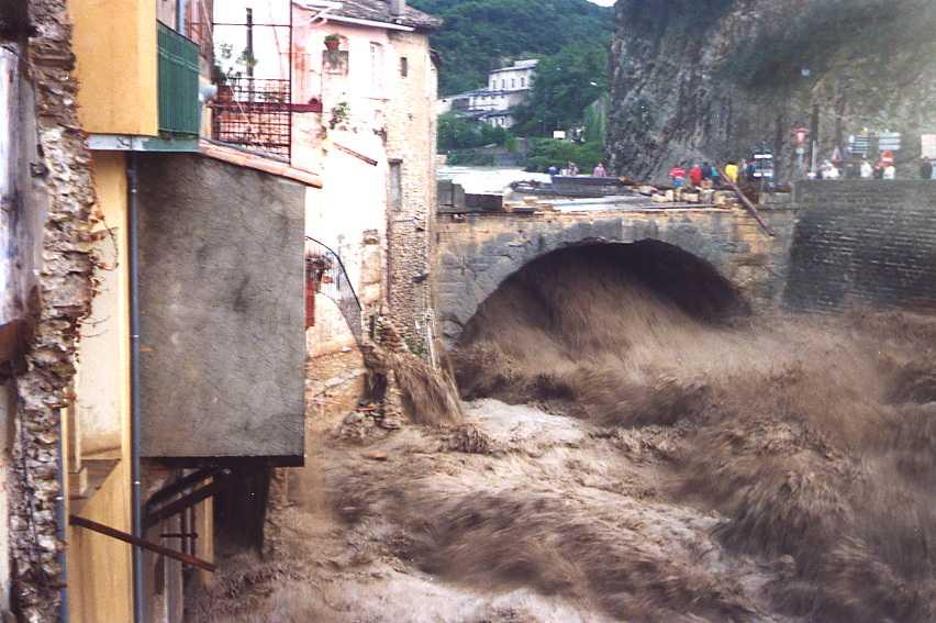Image d'illustration pour Catastrophe de Vaison la Romaine le 22 septembre 1992