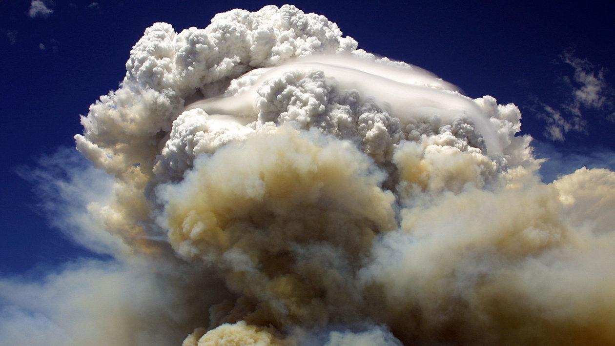 Image d'illustration pour Orages de feu en Australie : Un phénomène dangereux et méconnu